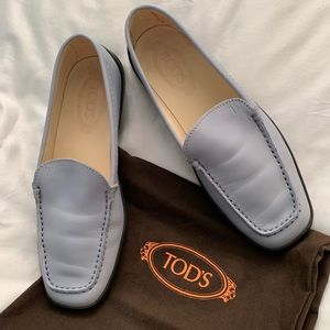 "Ladies ""driving moccasin"" loafer"